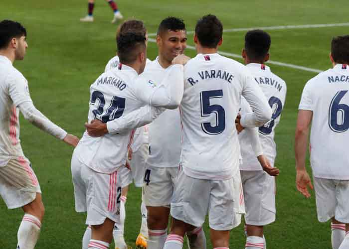 Real Madrid vs Valencia: Picture of Real Madrid players