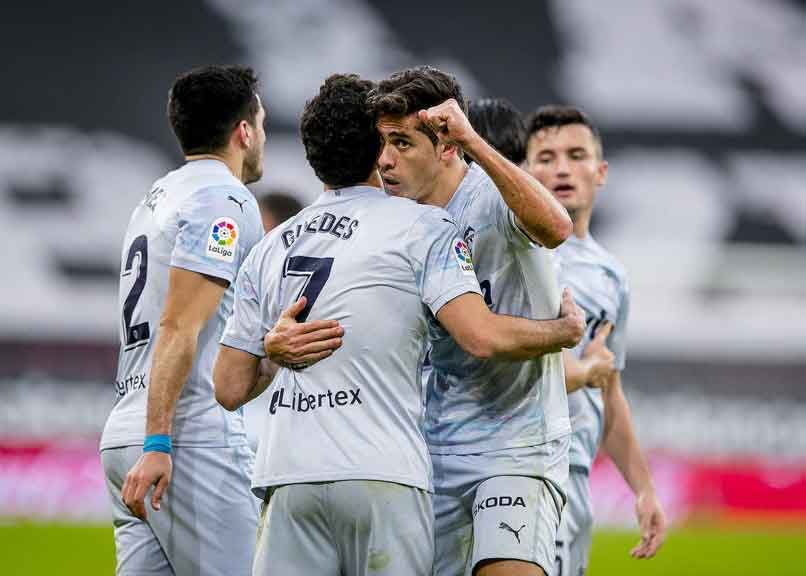 Real Madrid vs Valencia: Picture of Valencia players